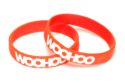 pulseira-de-silicone-personalizada-em-baixo-relevo-com-cor-na-mensagem3-min